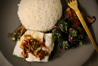 dampet torsk med ingefær og vårløksaus